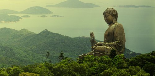 Where did Buddhism get its reputation for peace?
