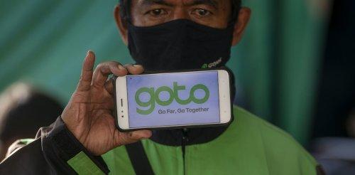 """""""Akun tuyul"""", """"akun joki"""", dan """"terapi akun"""": perlawanan sehari-hari pengemudi Gojek di Yogyakarta"""