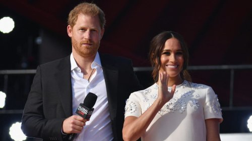 Prince William 'Bullied' Harry and Meghan Out of Royal Family, Andrew Morton Book Says