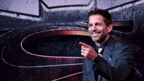 Zack Snyder Ends Debate Over Whether Batman Would Perform Oral Sex on Catwoman
