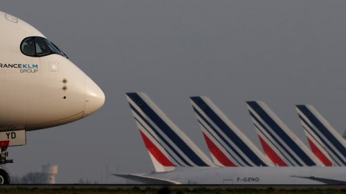 France Moves to Ban Short Haul Domestic Flights