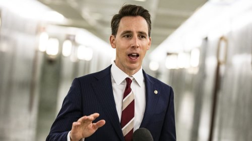 Romney Screamed at Hawley Amid Riot: 'You Have Caused This!'
