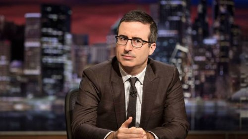 'Stupid Watergate': John Oliver Breaks Down Trump's Russia Scandal