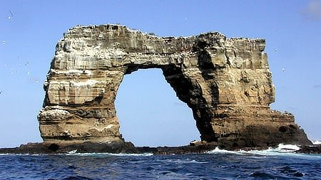 Galapagos' Famous Darwin's Arch Collapses From Erosion