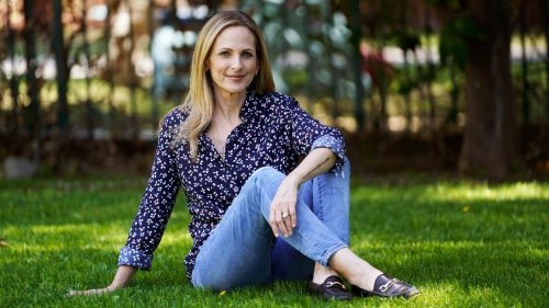 How Marlee Matlin Survived Trump, William Hurt, and Ableist Hollywood