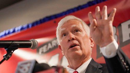 MAGA Congressman Mo Brooks Keeps Dodging Capitol Riot Lawsuit, Attorney Says