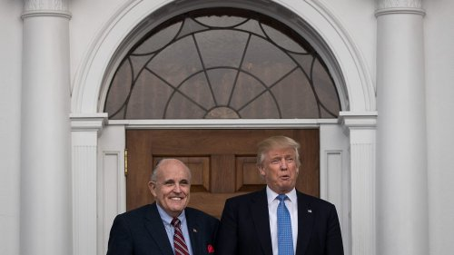 Trump Has Blown Off Rudy's Pleas for Help as Feds Circle