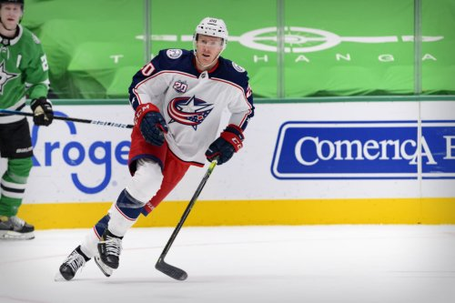 Winnipeg Jets sign a one-year deal with Riley Nash for league minimum
