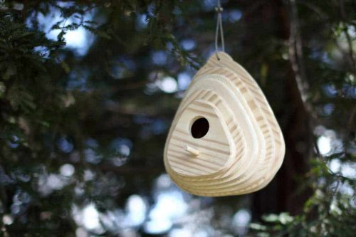 DIY Birdhouse Plans from Scrap Wood