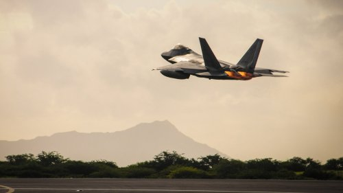 Hawaii-Based F-22s Scrambled On FAA's Request But Nobody Will Say Why
