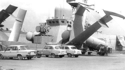 The Soviet-Era Hurricane High-Speed Missile Boat Had Absolutely Gargantuan Hydrofoils