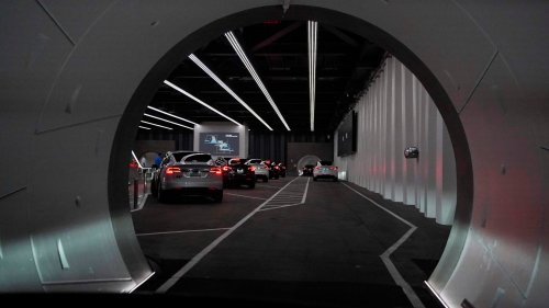 'He's Awesome': Here's the Script Boring Company Drivers Have to Recite About Musk