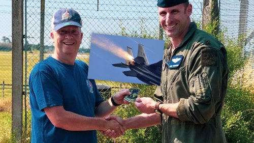 Aircraft Spotter Thanked By F-15E Pilot After Altering Him To Malfunctioning Jet