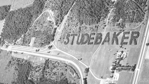 Studebaker Still Advertises Its Defunct Company with 8,000-Tree Monument