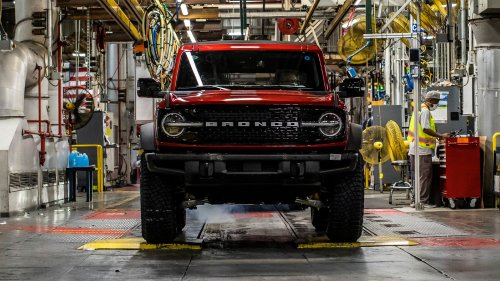 Hundreds of Ford Broncos Are Ready to Ship