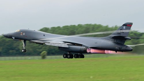 B-1Bs Start To Get Back In The Air After Fleet Wide Grounding