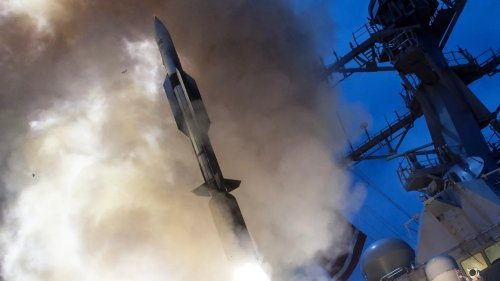 Navy SM-6 Missile Will Attempt To Swat Down A Mock Hypersonic Weapon