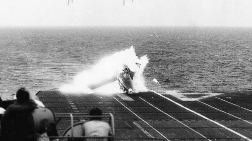 The Most Replayed Carrier Crash In History Happened 70 Years Ago Today