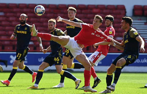 Lewis Grabban secures Nottingham Forest's safety