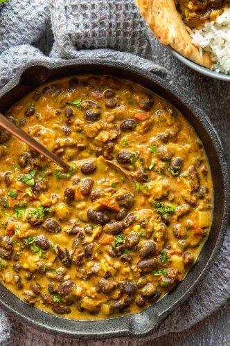 Creamy Black Bean Curry