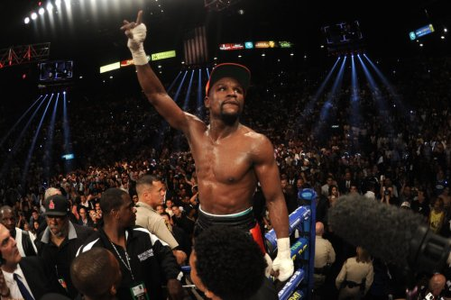 Anderson Silva hints he wants to box Floyd Mayweather next