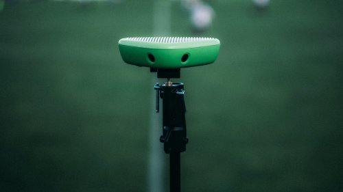 Veo Sports Camera uses AI technology to follow and film the action