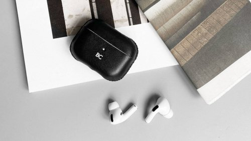 GRAMS28 112 Leather AirPods Pro Case protects your earbuds and ages beautifully