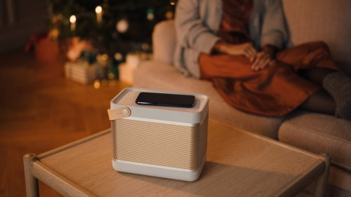 Bang & Olufsen Beolit 20 Bluetooth speaker plays low at 37–20,000 Hz for satisfying bass