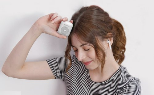 Elago AW6 iPod Style AirPods Case gives your new device a retro look