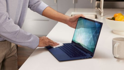 HP Elite Dragonfly G2 2021 laptop weighs under a kilogram, giving you a mobile workspace