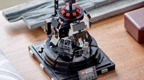 LEGO Darth Vader Meditation Chamber building set lets you relive an iconic scene