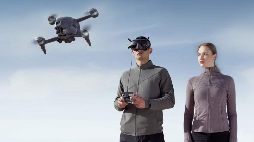 DJI FPV Combo low latency digital system creates an immersive flying experience