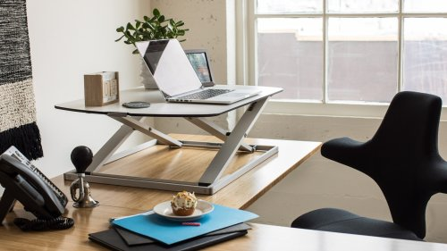 Fully Cora Standing Desk Converter extends from 1.3″ to 15.7″ with levels in between