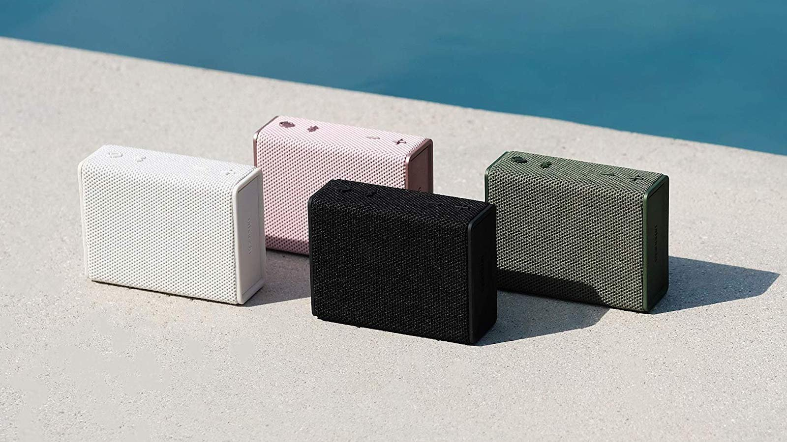 Urbanista Sydney pocket-size speaker gives you as much as five hours of playtime
