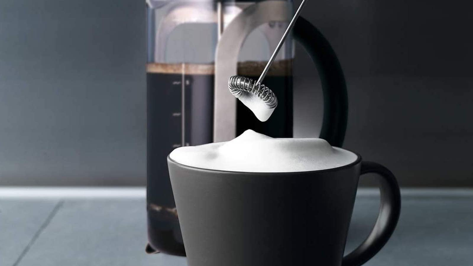 Aerolatte 004 Milk Frother lets you make delectable lattés at home