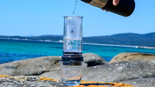 Delter Portable Coffee Press weighs less than 250 g and is great for walks & camping trips