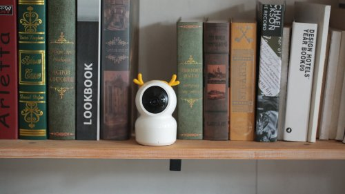 Vacos Baby Monitor is a hackproof, intelligent way to keep an eye on your baby