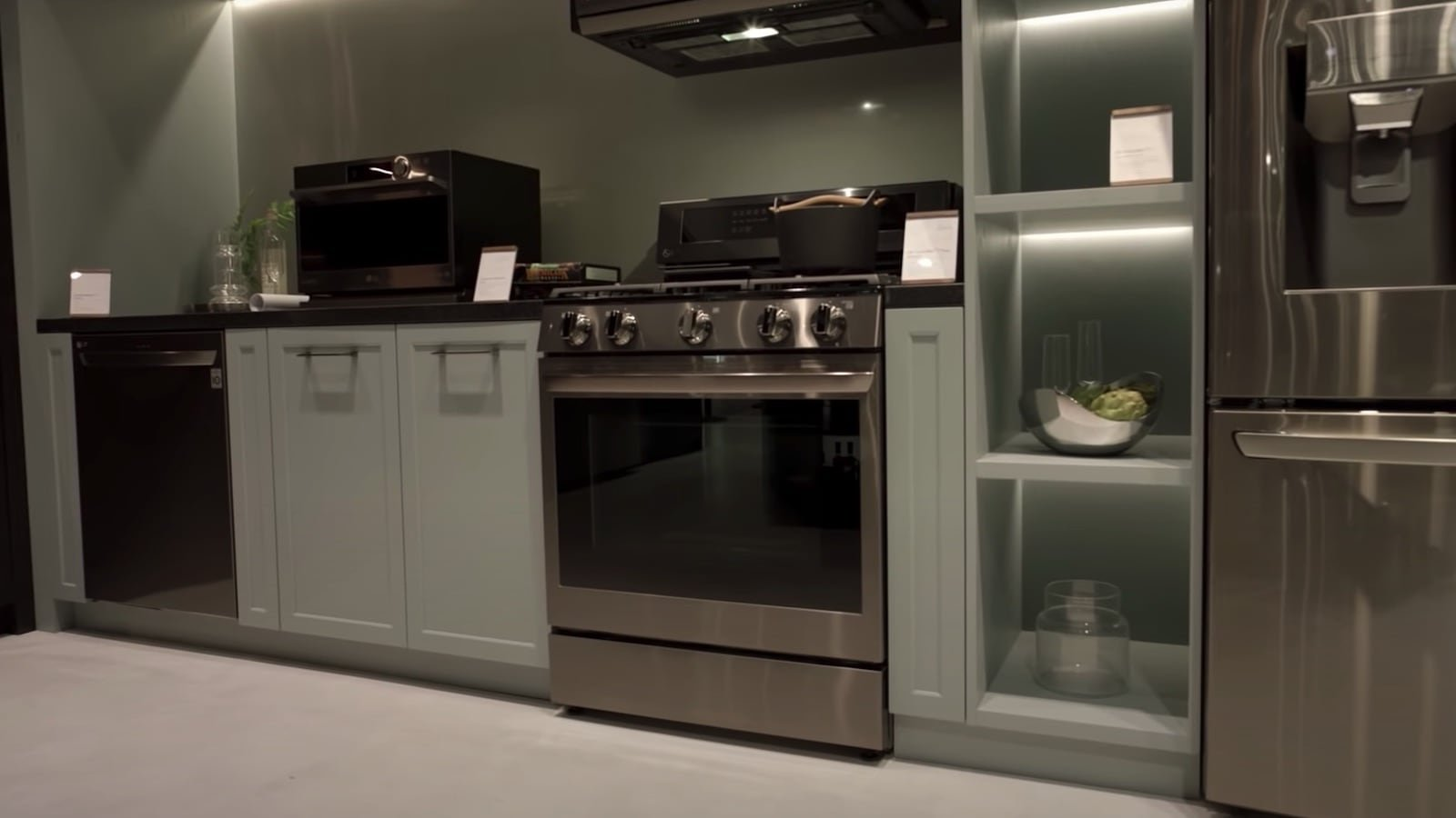 LG InstaView Range gas and electric ovens include a built-in air fryer