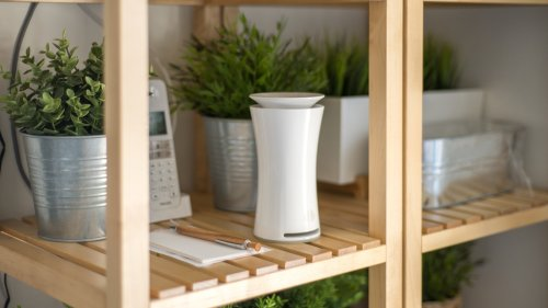 uHoo indoor air quality sensor gives you a virus index measurement level