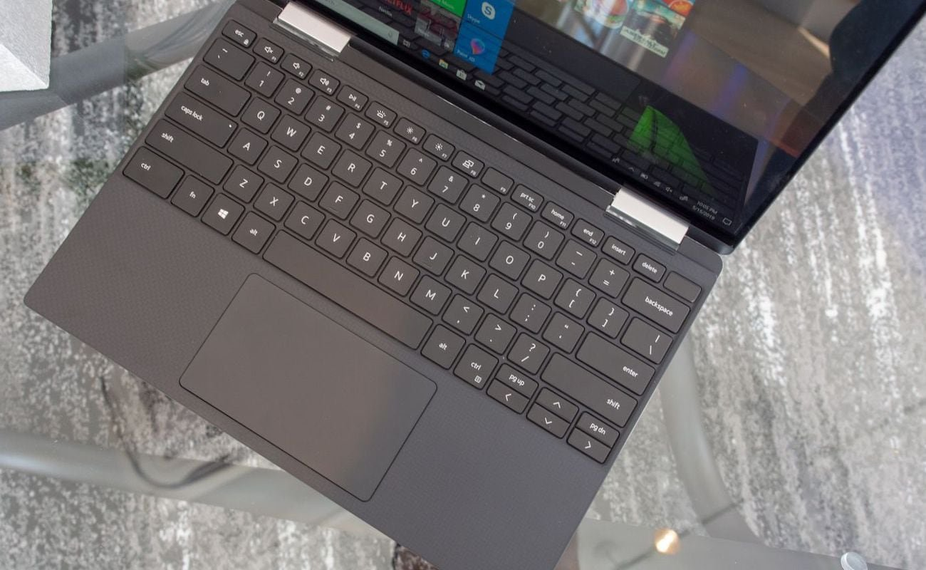 Dell 2019 Edition XPS 13 2-in-1 Convertible Laptop has a large 13.4-inch display