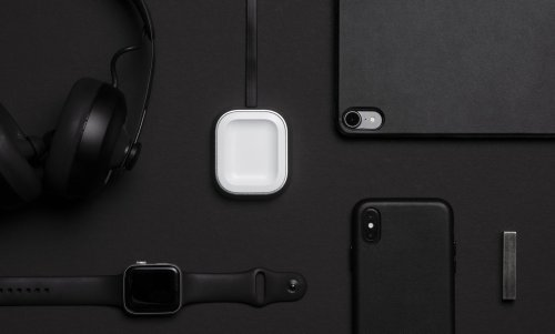 Proper Wireless Charging Dock Apple AirPods Holder keeps your earbuds safe
