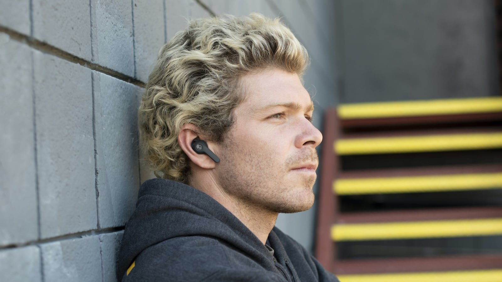 Skullcandy Indy Fuel Dust-Resistant Earbuds let you control everything directly from your buds