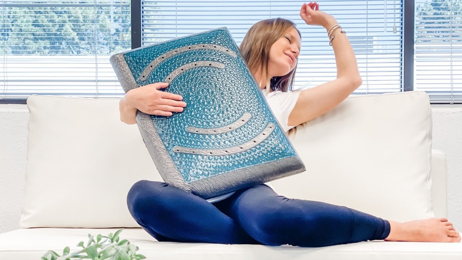 Alpha Pillow 2 carbon-infused memory foam pillow has pure silver tech to self-clean