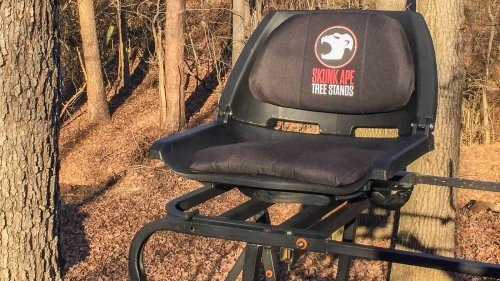 Skunk Ape Tree Stand allows hunters to sit safely in a padded and swiveling seat