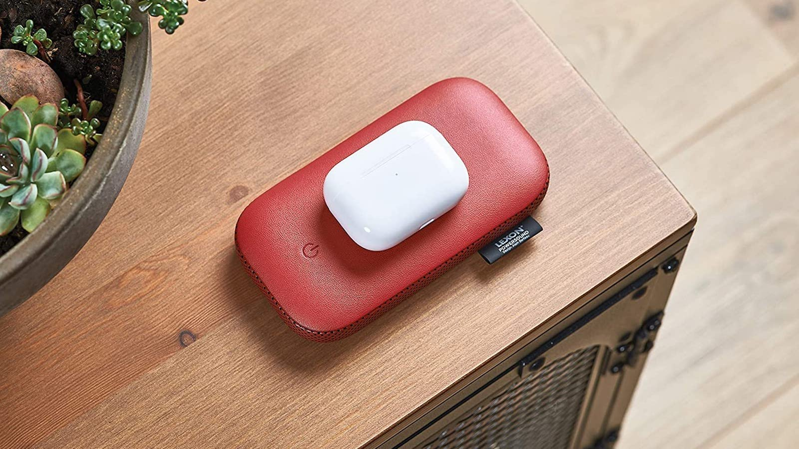 Lexon PowerSound sleek wireless power bank has a 360° Bluetooth speaker and uses no wires