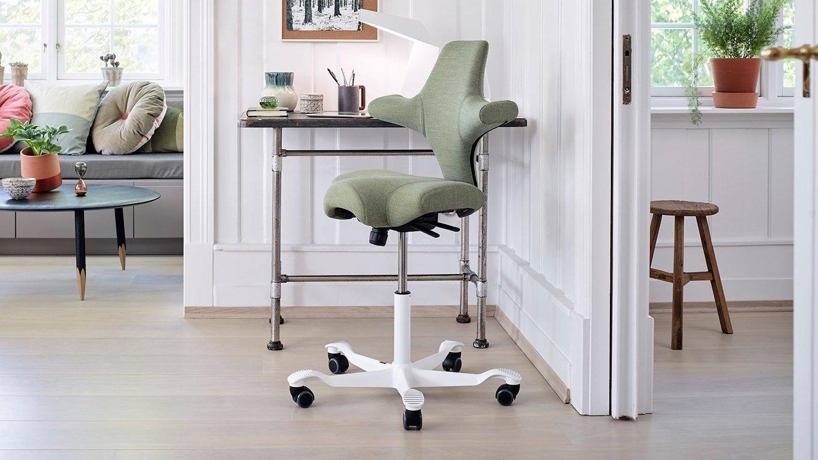 HÅG Capisco Chair ergonomic office seat provides multiple active sitting options