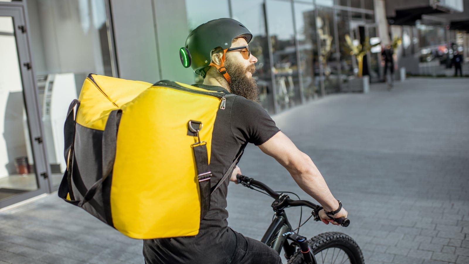 Ticc* smart blinker lets urban commuters ride safer