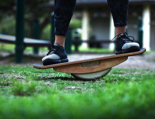 Blue Planet Balance Surfer Multipurpose Balance Board offers adjustable difficulty