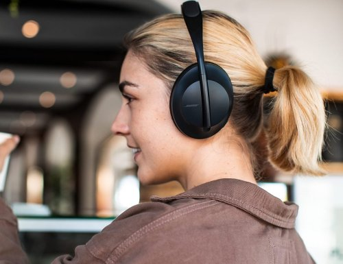 Bose Noise-Cancelling Headphones 700 offer integrated augmented reality technology