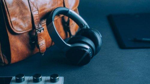 SHIVR Advanced Noise-Cancelling Headphones eliminate listening fatigue